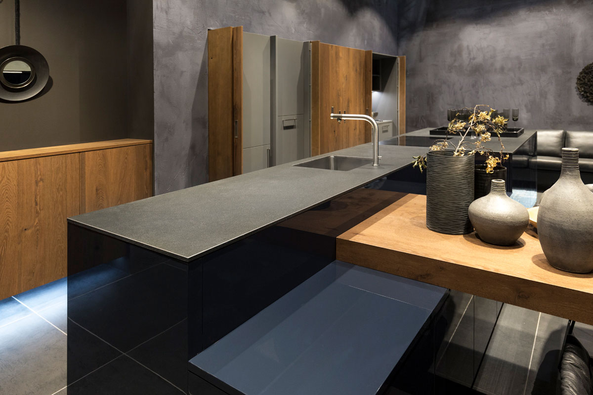 Eurocucina nobilia milano neolith kitchen for Marengo argelia