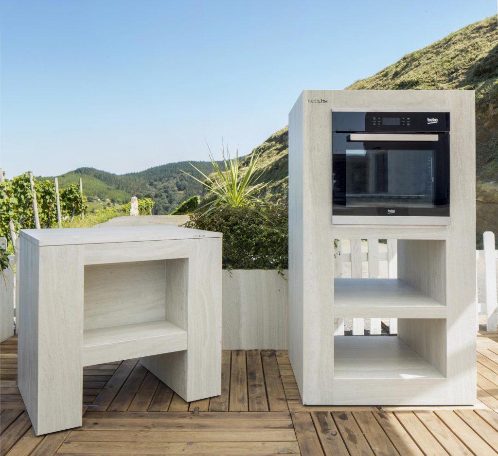 Muebles de cocina Neolith de Karlos Arguiñano de Strata Argentum